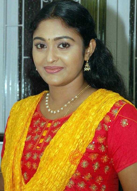 Vijay Tv Saravanan Meenakshi Serial Actress S