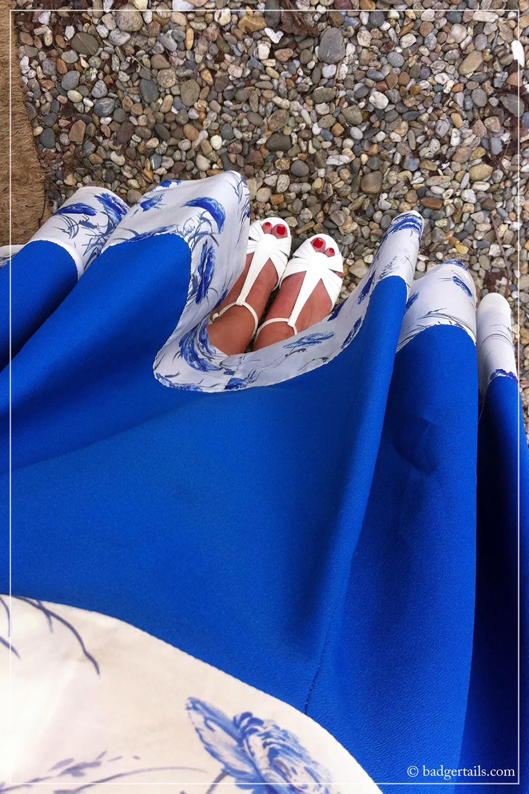 vintage blue skirt dress with white summer sandals