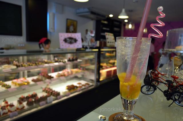 Passionfood-Café-and-Bakery-Taman-Pelangi-Johor-Bahru