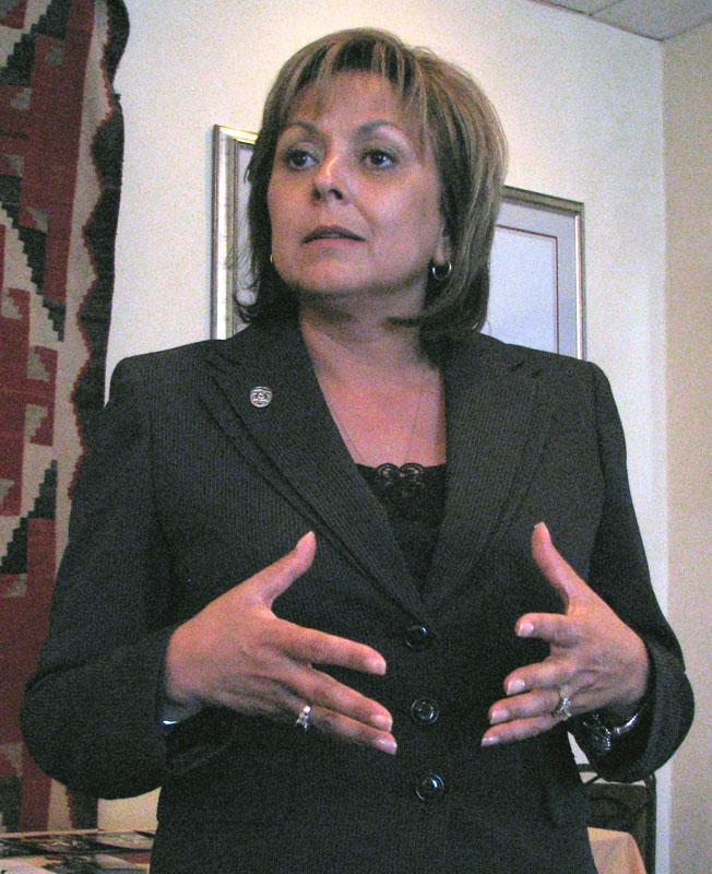 New Mexico Govenor Richardson Endorses Obama. Does this encourage Hispanic votes?