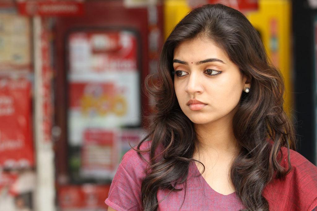 Naziriya nazim cute looking photos gallery