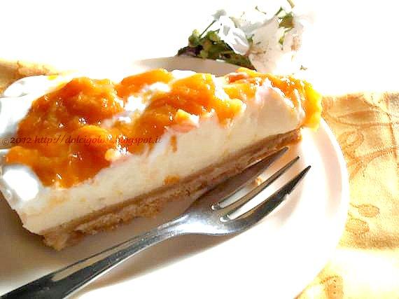 Dolci golosità: Cheesecake alle albicocche con ricotta e crema pasticcera