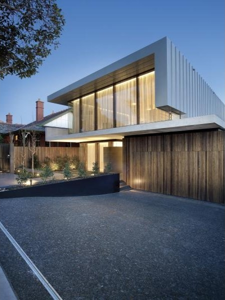 Photo of driveway of amazing dream home in Melbourne as seen from the street