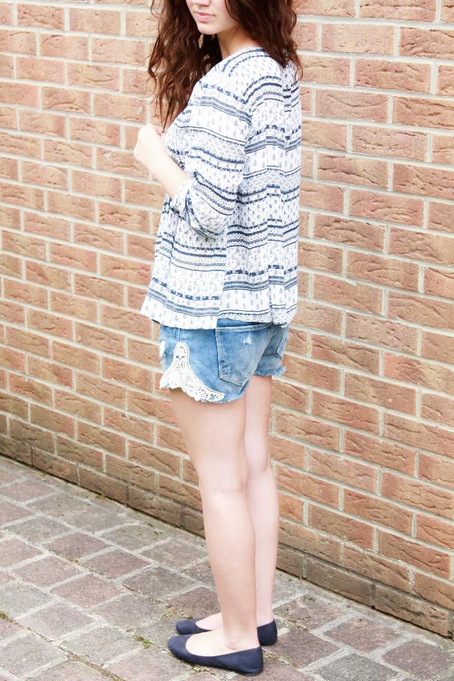 look-mode-boho-style-blouse-fluide-short-dentelle-craqué-ballerines
