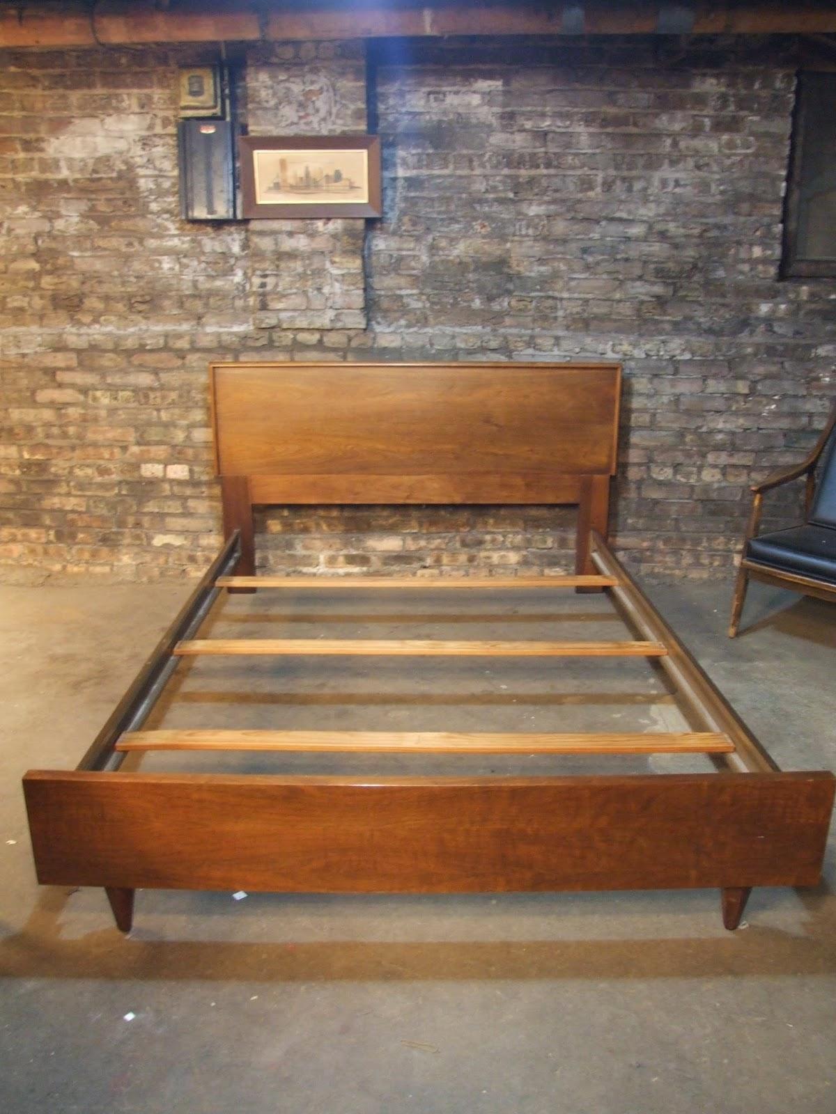 American Of Martinsville Bedroom Furniture Mid Century Chicago American Of Martinsville Walnut Full Bed