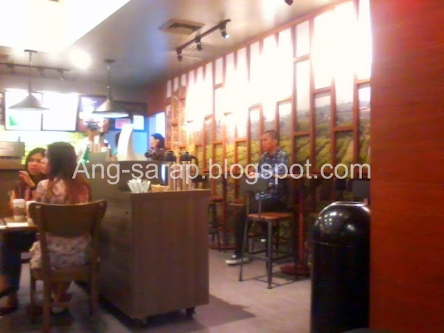 Starbucks Berthaphil Center branch, Clark