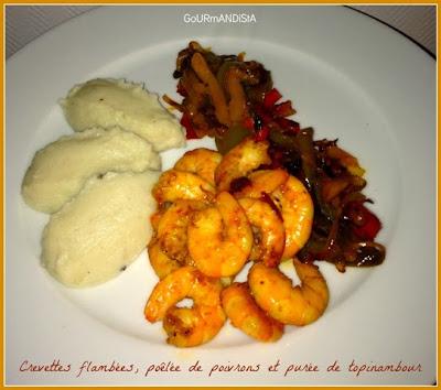 image Crevettes flambées, poêlée de poivrons et purée de topinambour