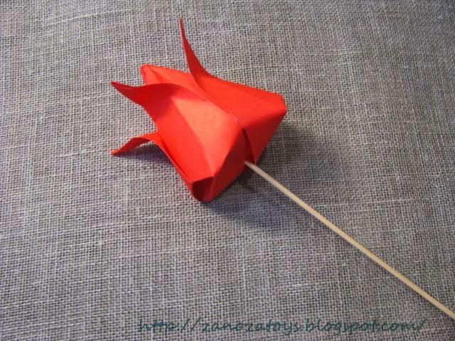 Как сделать без клея тюльпан