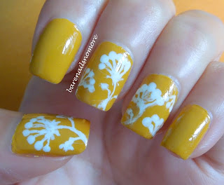 Bourjois Jaune Trendy with abstract dandelions