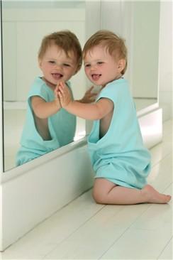 Somos mama infancia la etapa de electricista - Espejo irrompible ninos ...