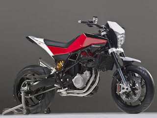 2012 Husqvarna Nuda 900R Motorcycle Photos 4