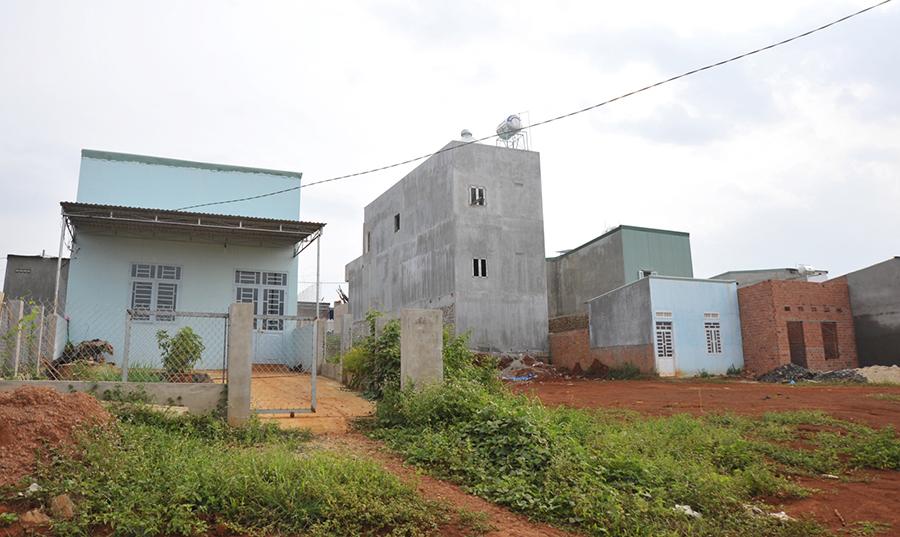 Gia Lai: Giải quyết đất làm nhà ở cho hộ có thu nhập thấp còn nhiều rắc rối!