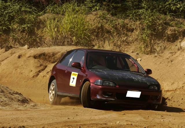 Honda Civic 5-gen. EG, szuter, VTEC is kicking in yo, emocje, wyścigi, znany model, japoński hatchback, ceniony, dla pasjonatów sportu, niedrogi