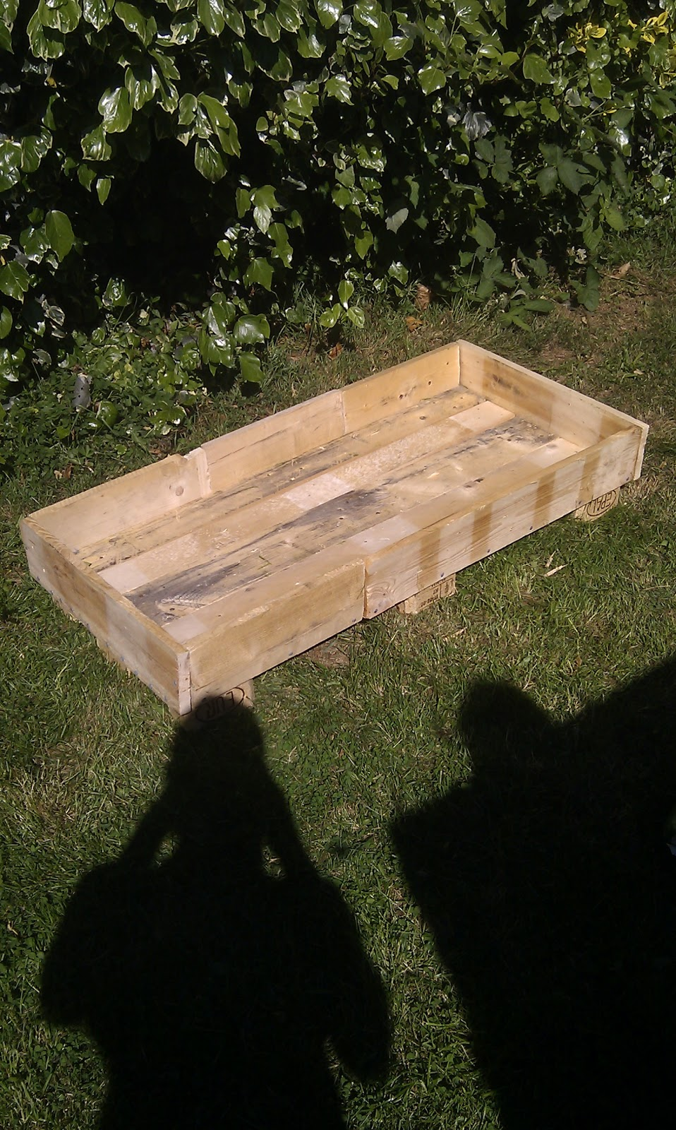 Things What I Made With Pallets I Made A Raised Flower Bed