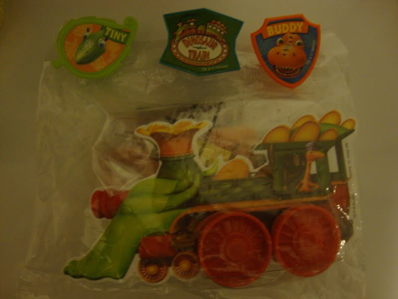 Dinosaur Train Cake Decorating Kit : Living the Thrifty Life: ..::Review + Giveaway::.. DecoPac ...