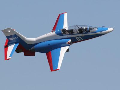 MiG-AT