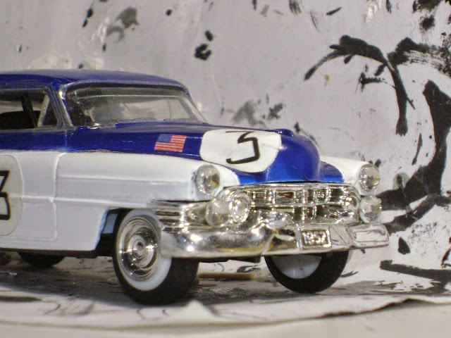 http://gauchomodels.blogspot.com.ar/2011/11/cadillac-coupe-1950-le-mans-gaucho.html
