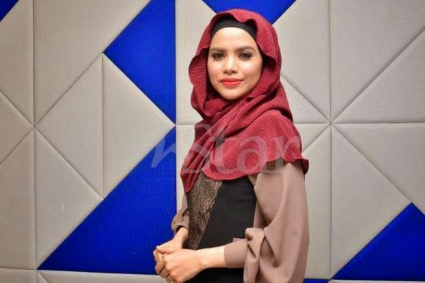 Penyanyi Datin Alyah Sudah Hamil