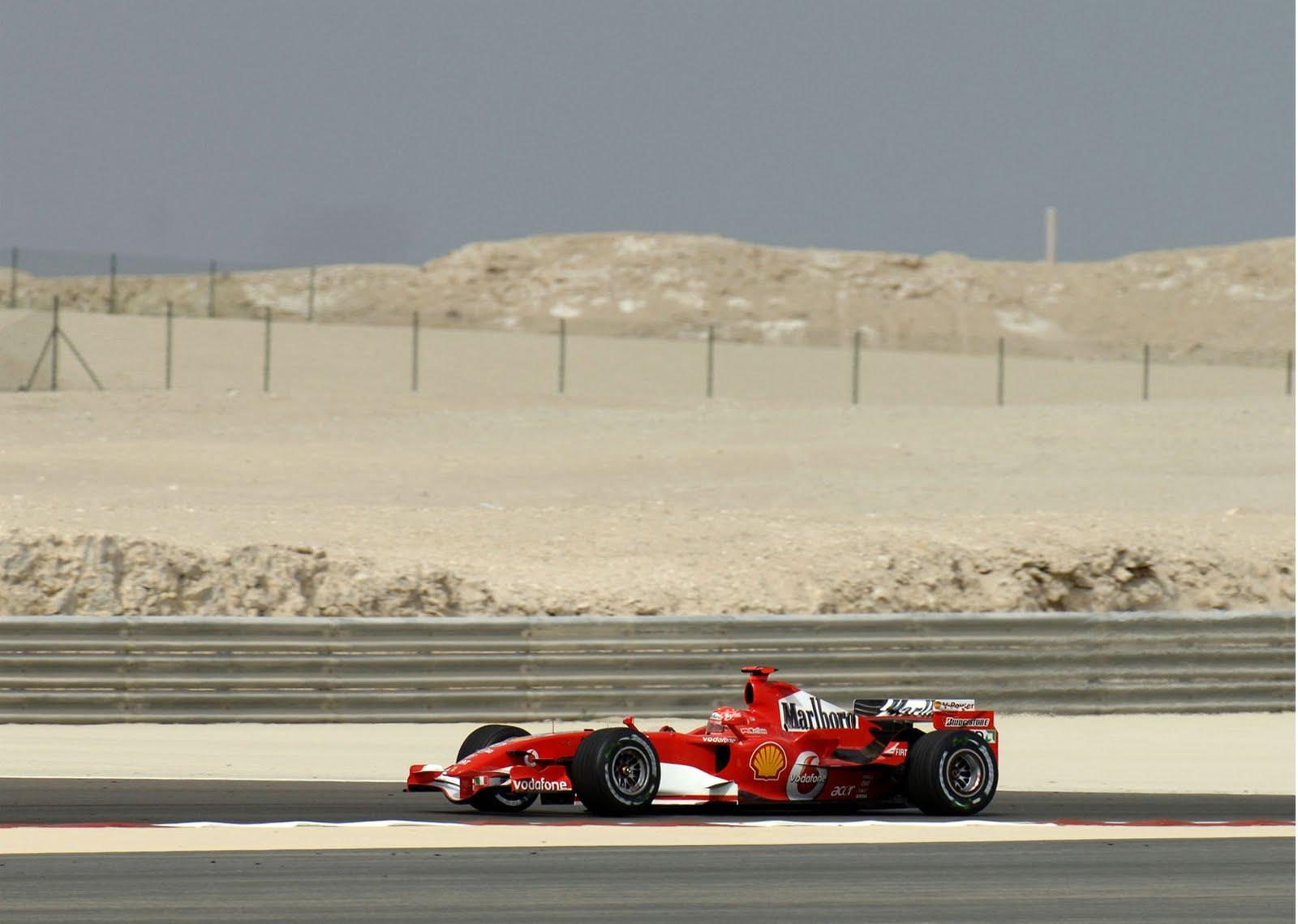 http://2.bp.blogspot.com/-3RqV368-Bsk/TcaVpYVEp8I/AAAAAAAAAPA/cdTmeAAjDG4/s1600/Ferrari_F1_201_1600.jpg