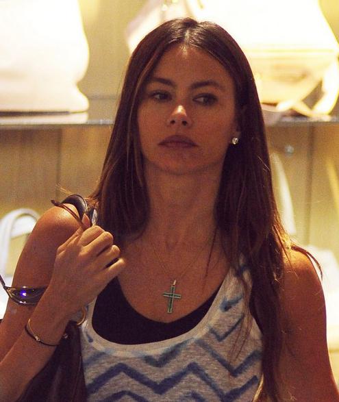 Sofia Vergara Does Some Shopping » Gossip | Sofia Vergara