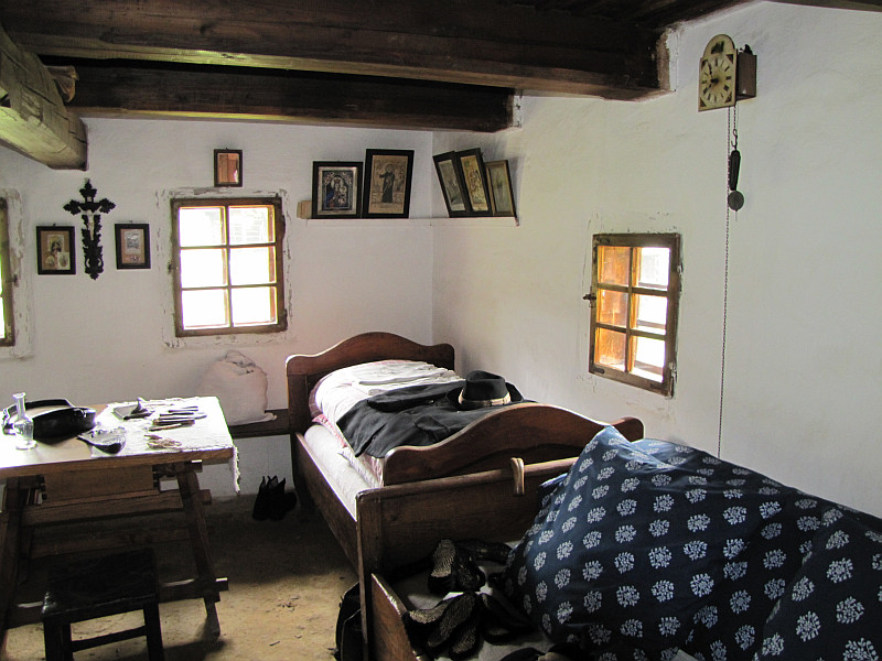 Wnętrze domu ze Študlova.