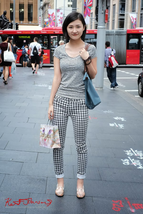 Portrait, Houndstooth Check, Summer Style, George Street, Top Shop, Black and White Check, Houndstooth Jeans and Teeshirt,