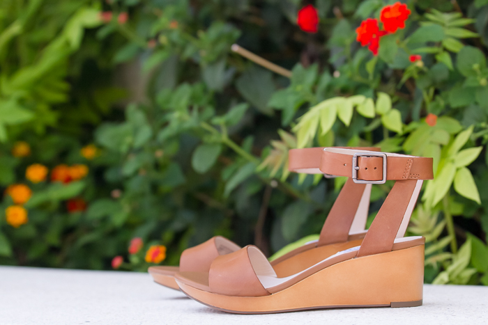 Calzado veraniego pequeña cuña - Adicta a los Zapatos