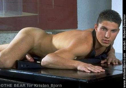 romania-naked-men-porn-movie-borderline