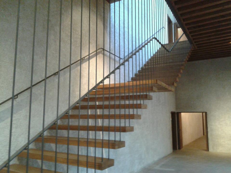 Notas de cata musicata en palacio pamplona 21 de for Escaleras suspendidas