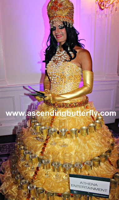 Wedding Salon Bridal Tradeshow/Expo, New York City, Athena Entertainment, Champagne Diva, Strolling Tables