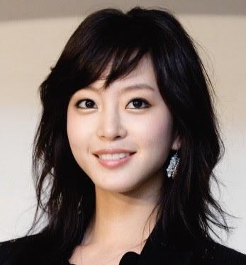 10 Artis Korea Tercantik Tanpa Operasi [globelensa.blogspot.com]