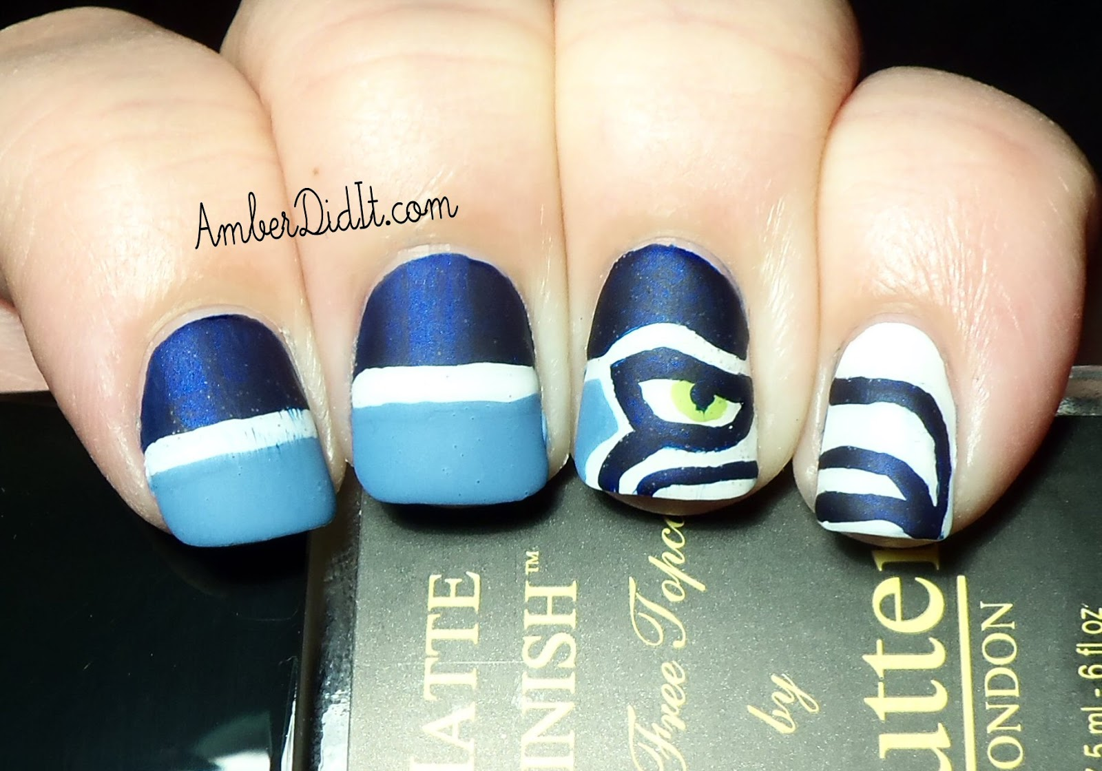 Amber did it!: NFL Series #12~ Seattle Seahawks Nails