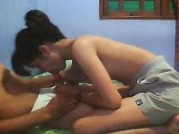 Foto Cewek SPG Ngentot Gadis Belia Montok