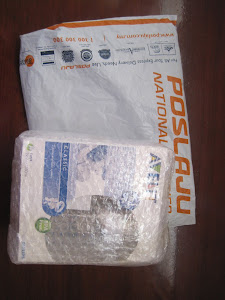 Parcel packaging wif bubble wrap