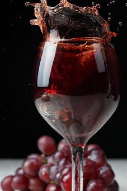 El blog de mis vinos una copa de vino por la noche para for Copa vino tinto