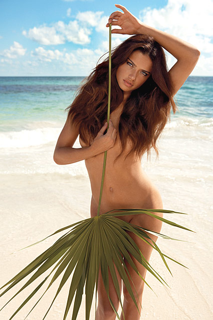 Fashion Model Adriana Lima1