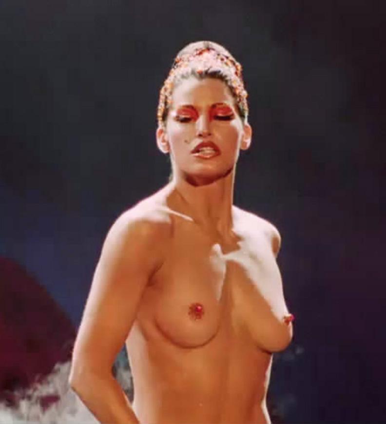 photos nude Gina gershon