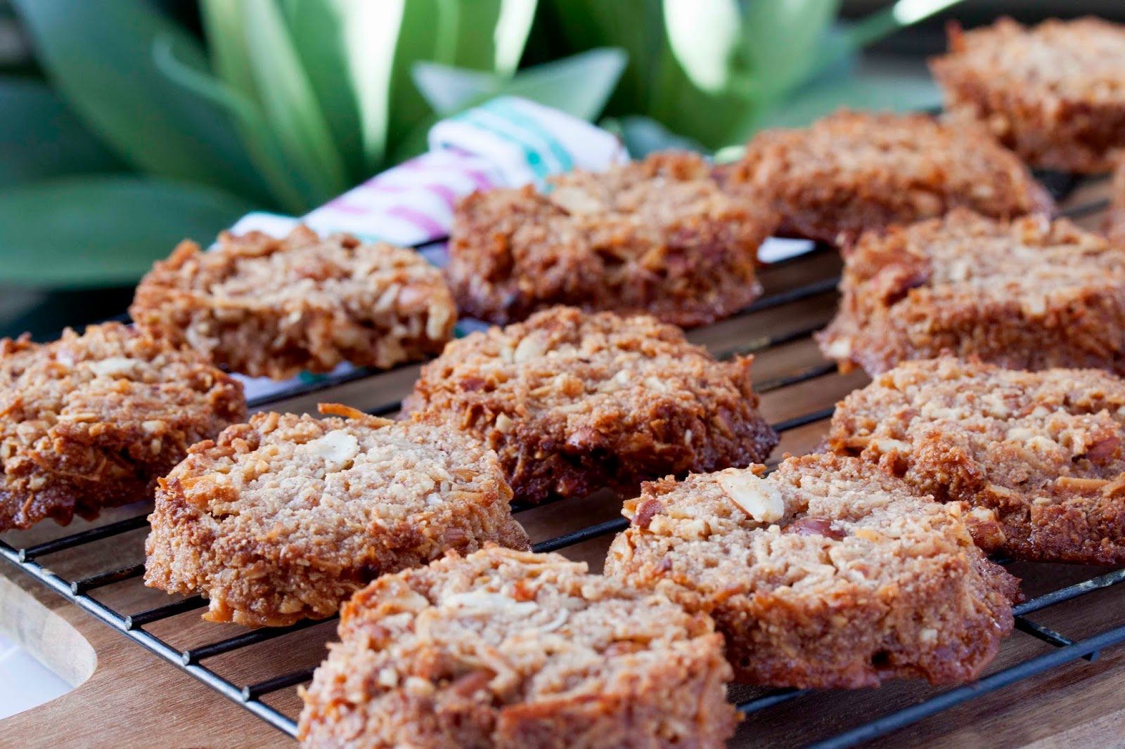 Almond Crunch Cookies 1 & 2, super crisp and crunchy or ...