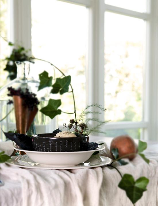 une table d 39 automne anna g. Black Bedroom Furniture Sets. Home Design Ideas