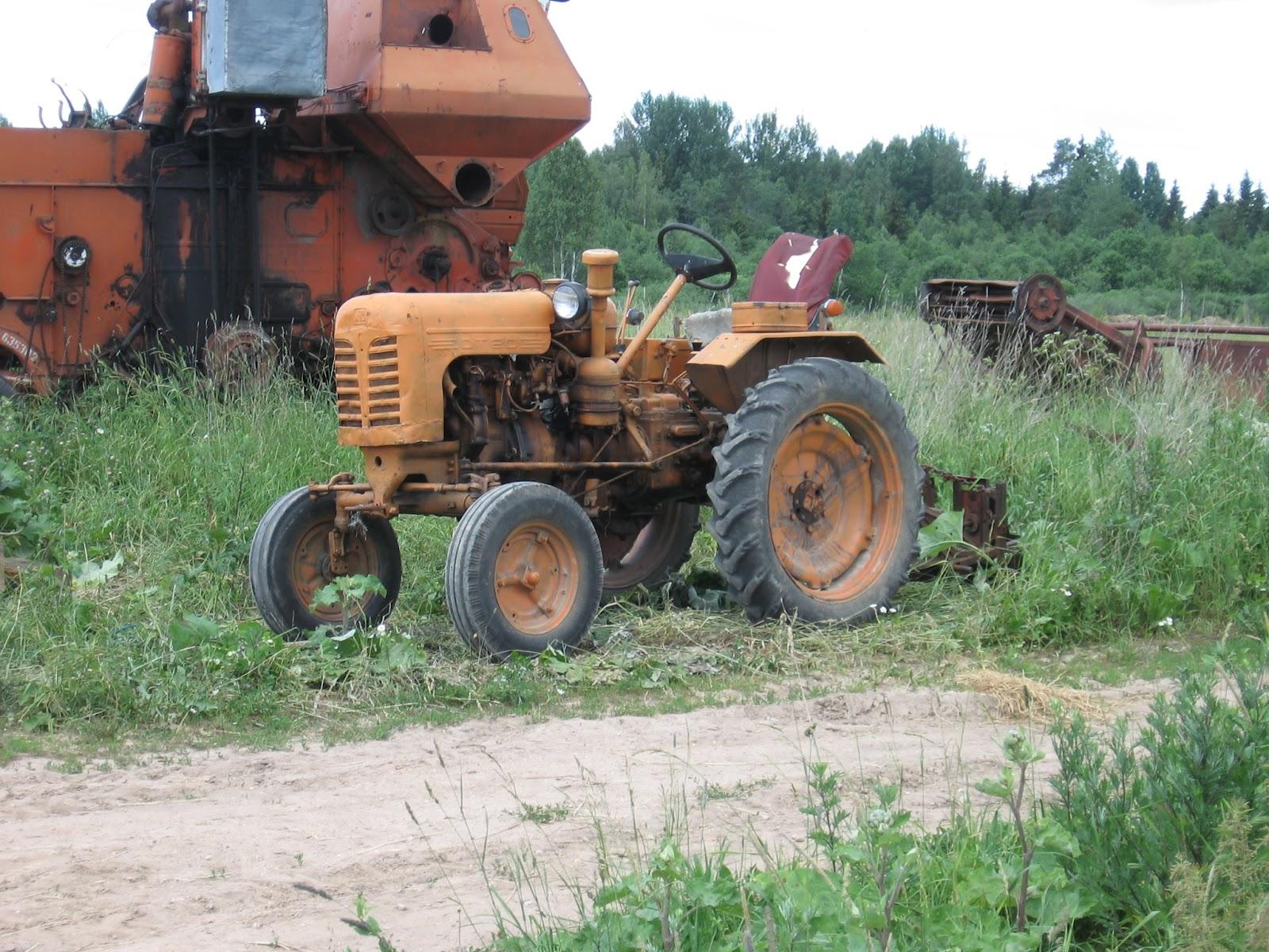 Харьковский тракторный завод: Колесный трактор ХТЗ Т-25