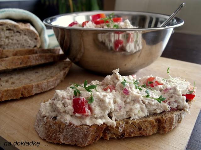 pasta do chleba