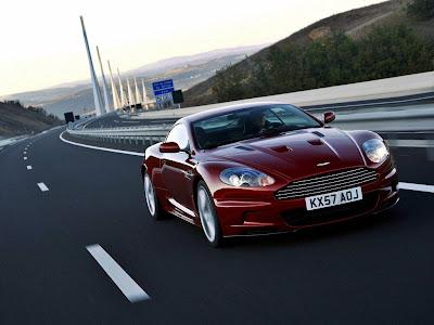 Aston Martin DBS Standard Resolution Wallpaper 3