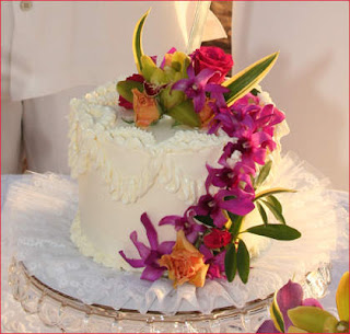 Delicious Maui Wedding Cakes