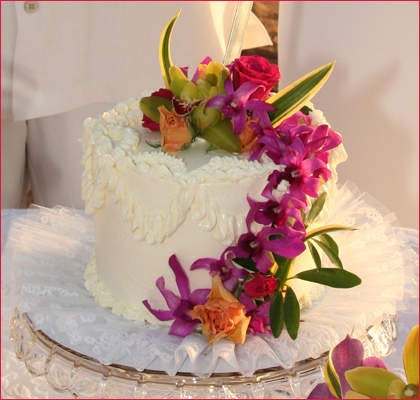delicious maui wedding cakes ideas food and drink