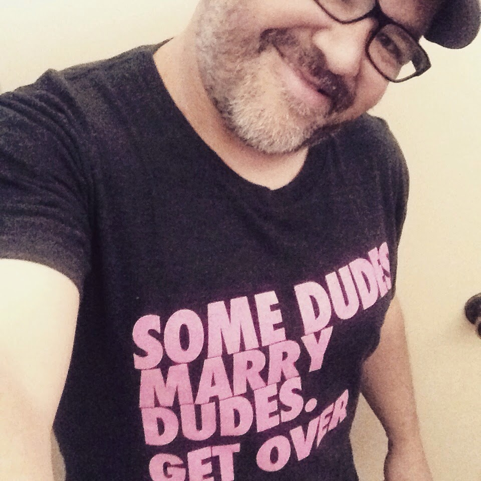 gay men clubs