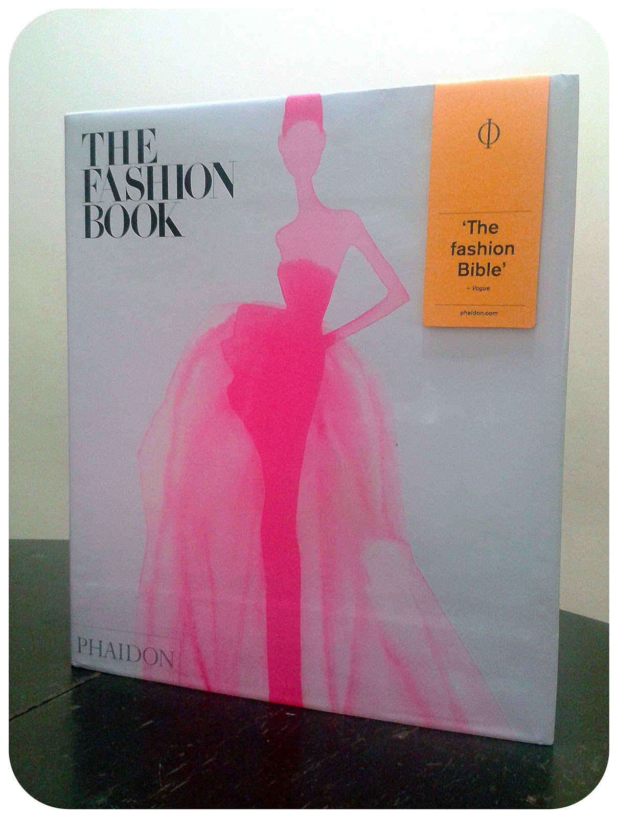 The Fashion Book Phaidon Review
