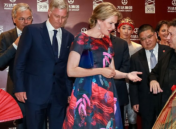 King Philippe and Queen Mathilde of Belgium and Wang Jianlin, chairman of Wanda Group, visit the Han Show theater co-created by Wanda Group and Dragone