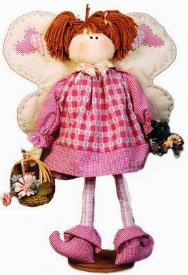 Boneca borboleta de pano com moldes