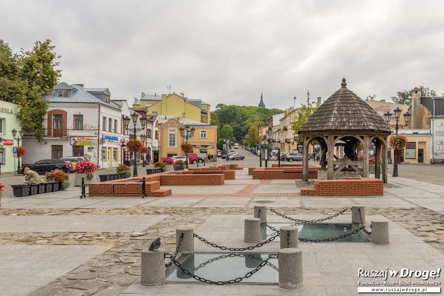 Studnia na rynku w Chełmie