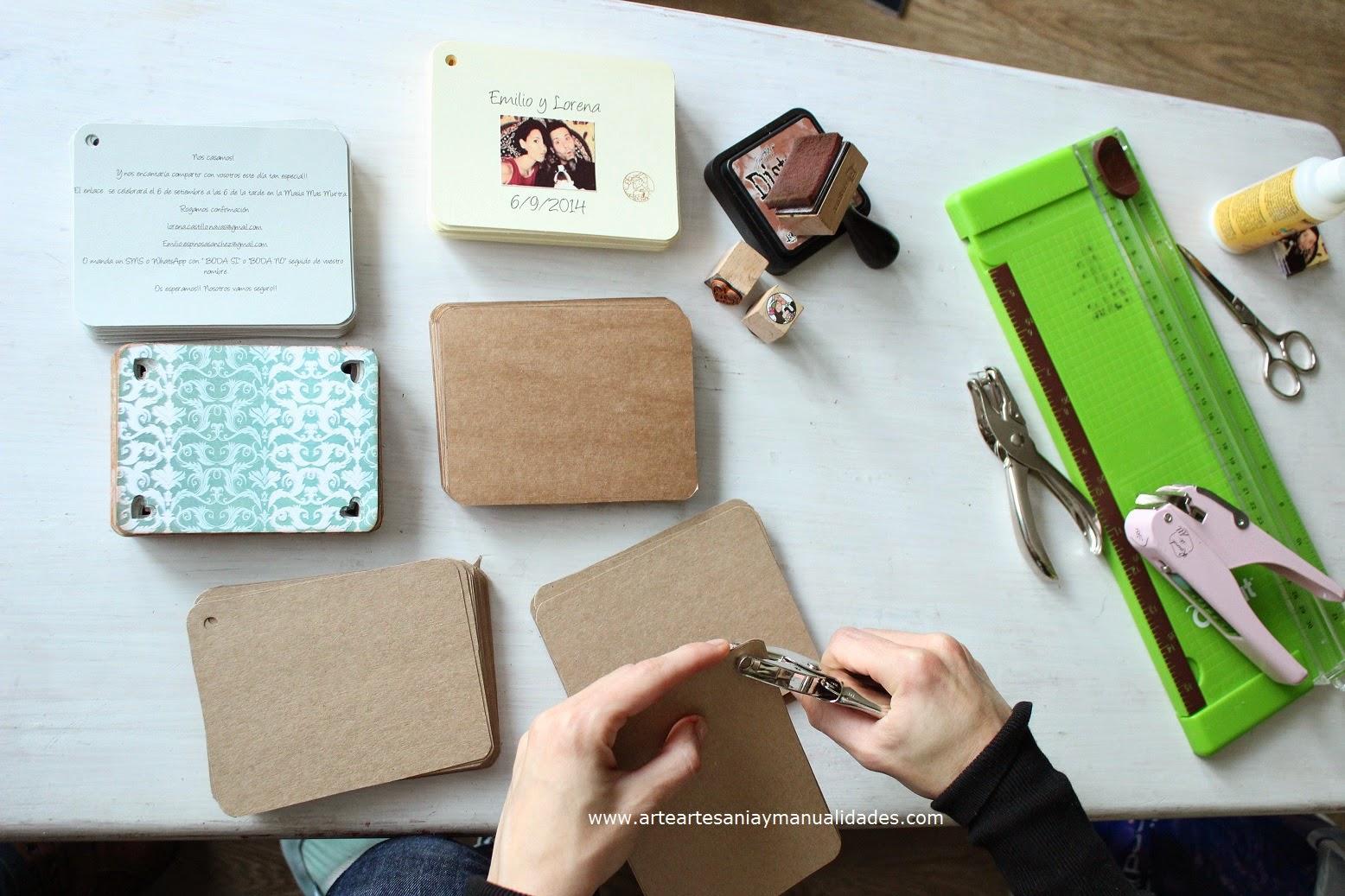 Arte artesania y manualidades invitaciones de boda scrapbooking - Manualidades regalo boda ...